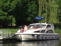 Le Boat rental cruisers