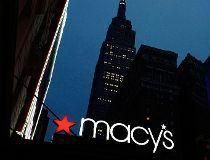 Macy's sign