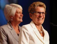 Ontario Liberal cabinet minister Liz Sandals (left) and Ontario Premier Kathleen Wynne. (TORONTO SUN/FILES)