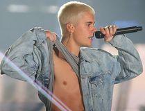 Justin Bieber performs in Winnipeg, Man. Saturday June 11, 2016. (Brian Donogh/Winnipeg Sun/Postmedia Network)