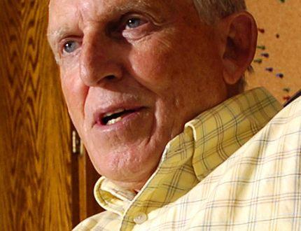 Former CAW union president Bob White. (Postmedia Network files)