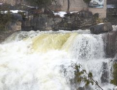 Water cascades over Inglis Falls. (Rob Gowan The Sun Times)
