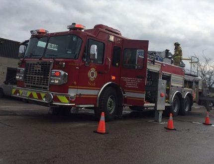 Firefighters on scene of blaze at Wonderland Road South industrial plaza #LdnOnt (Twitter.com/DaleatLFPress)