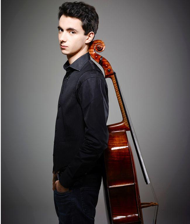 Cellist Stephane Tetreault