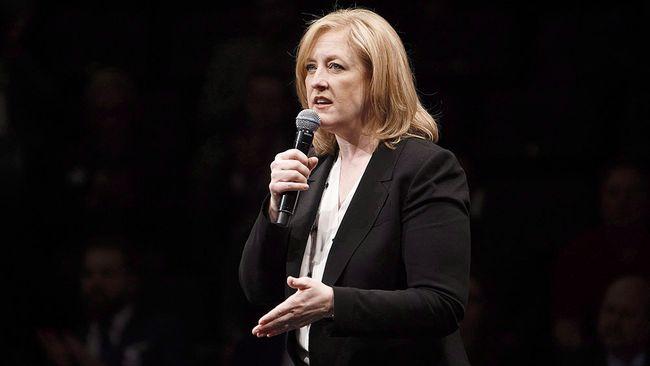 Lisa Raitt speaks during the Conservative leadership debate in Edmonton on Tuesday, Feb. 28, 2017. THE CANADIAN PRESS/Codie McLachlan