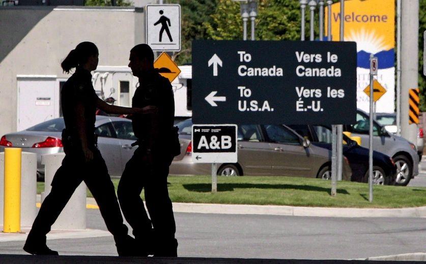 Despite recent concerns, fewer Canadians are denied entry at U.S. land border