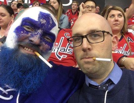 Jason Maslakow, a Sudbury native, and Dan Steinberg of the Washington Post, at an NHL hockey game between the Toronto Maple Leafs and Washington Capitals. (Twitter photo)