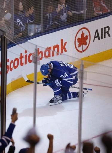Toronto Maple Leafs�Auston Matthews C (34) scores during the third period of Game 4 in Toronto on Wednesday April 19, 2017. Jack Boland/Toronto Sun/Postmedia Network