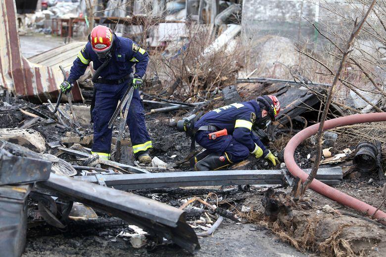 Fire at antique market under investigation
