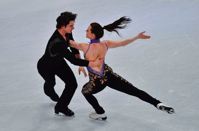 Tessa Virtue and Scott Moir. (Getty Images)