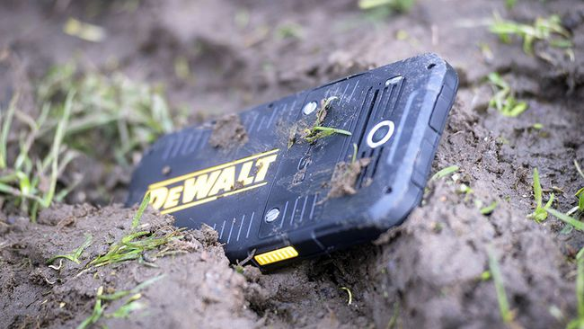 The DeWalt MD501 phone. (Supplied)