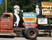 Pinery Flea Market