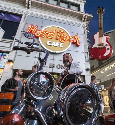 Outside the Hard Rock Cafe on Wednesday May 17, 2017. Craig Robertson/Toronto Sun/Postmedia Network
