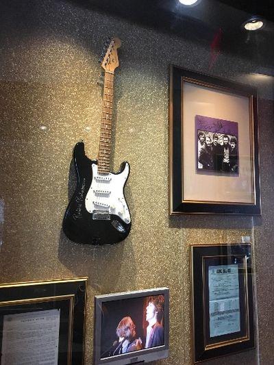 Robbie Robertson guitar at the Hard Rock Cafe. (Joe Warmington/Toronto Sun)