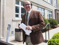 Andy Petrowski enters the Welland Court House on Wednesday, May 10, 2017. (Julie Jocsak/Postmedia Network)