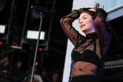 Lorde June 2/17