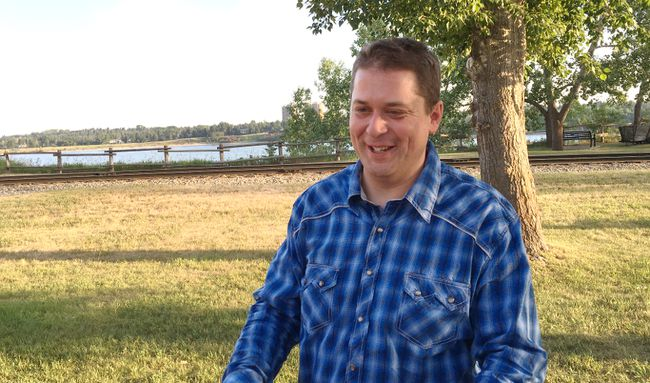 Andrew Scheer speaks at Heritage Park