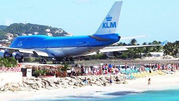 New Zealand Woman Dies From Jet Blast Near Saint Maarten S