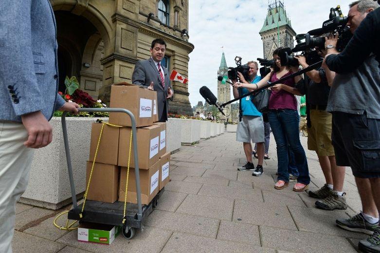 Canadians PO'd at PM's $10.5M Khadr deal