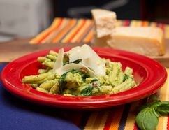 Pasta with Avocado Pistachio Sauce (Free Press file photo)