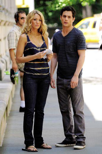 Blake lively dating costar