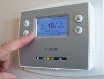 A thermostat. (Craig Glover/Postmedia Network)