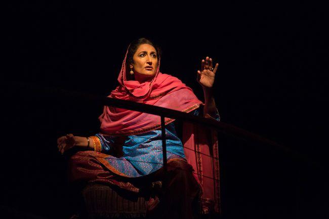 Kiran Ahluwalia as the Woman. (Photo by Cylia von Tiedemann)