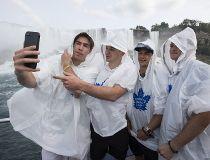 Leafs in Niagara