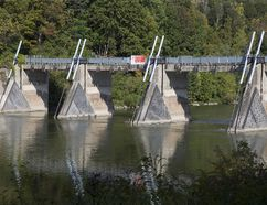 Springbank Dam. (DEREK RUTTAN, The London Free Press)