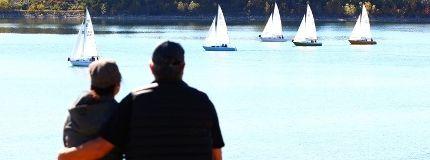 Calgary weather sailboats Glenmore reservoir