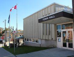 Town of South Bruce Peninsula town hall in Wiarton. Photo by Zoe Kessler/Wiarton Echo
