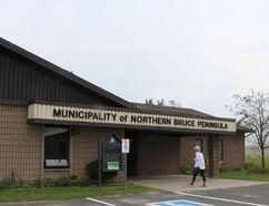 Municipality of Northern Bruce Peninsula municipal offices and council chambers, Lion's Head. Photo by Zoe Kessler/Wiarton Echo