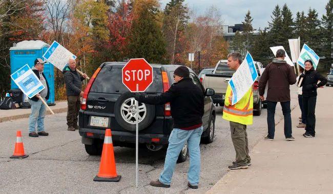 Canadore College strike (Nugget File Photo)