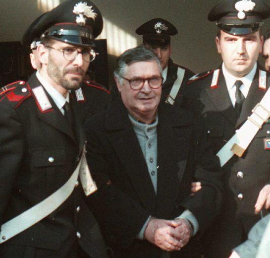 Sicily Mafia 'boss of bosses' Salvatore 'Toto' Riina dies at 87 in Italian prison