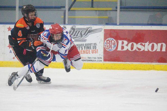 The Fort Saskatchewan Bantam AAA Rangers lost 4-3 to the visiting Lloydminster Bobcats at the Jubilee Recreation Centre on Sunday, Nov. 26.