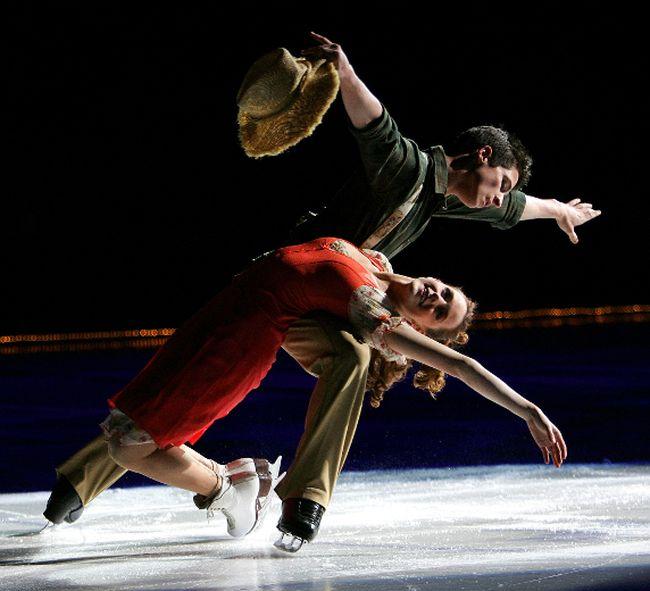 Scott Moir of Ilderton and Tessa Virtue. (File photo)