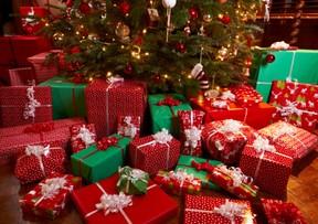 Christmas tree, presents