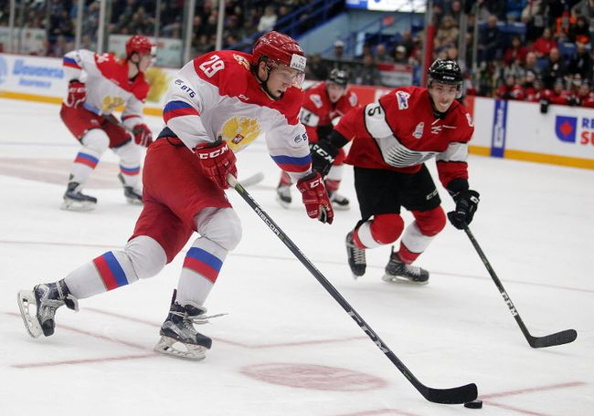 Alexey Lipanov of Team Russia makes a drive for the net during the CIBC Canada Russia Series in Sudbury, Ont. on Monday November 13, 2017. Gino Donato/Sudbury Star/Postmedia Network