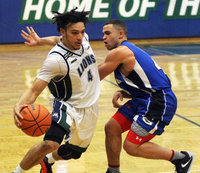 Lambton Lions basketball player Branden Padgett. (TERRY BRIDGE/Postmedia Network)