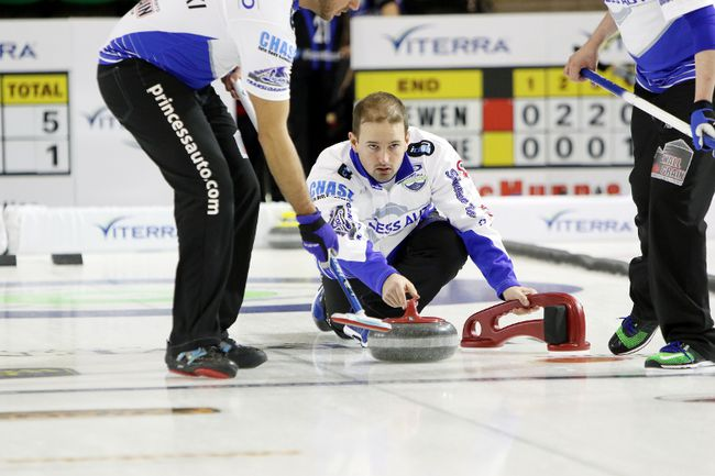 Reid Carruthers representing West St. Paul Curling Club at Manitoba Championship. (Brook Jones/Selkirk Journal/Postmedia Network)