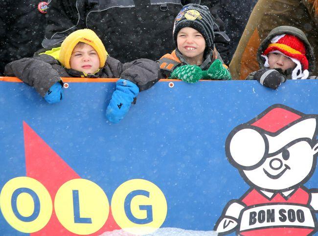 Ontario Winter Carnival Bon Soo's Polar Bear Swim at Bellevue Park in Sault Ste. Marie, Ont., on Sunday, Feb. 11, 2018. (BRIAN KELLY/THE SAULT STAR)
