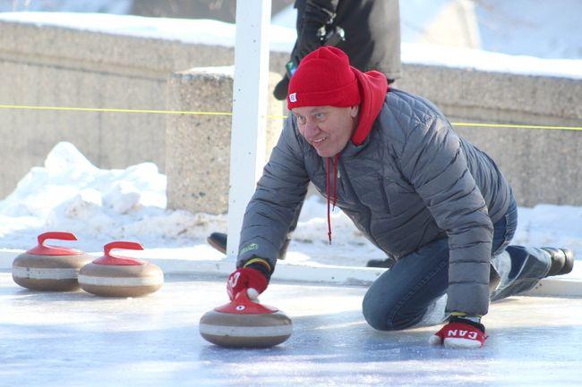 Winkler Mayor Martin Harder delivers a hard shot during competition against Winnipeg Mayor Brian Bowman. (GREG VANDERMEULEN/Winkler Times)