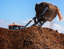 organic fertilizer (Getty Images)