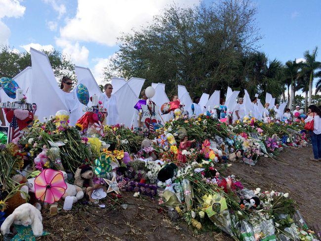 The memorial outside Marjory Stoneman Douglas High School in Parkland, Fla. (AP photo)