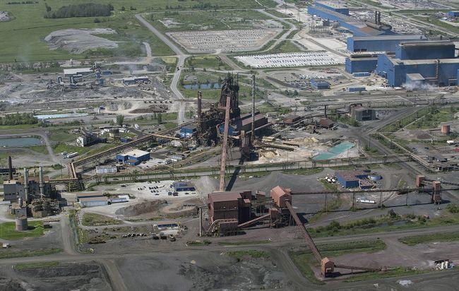 Stelco's Lake Erie plant at Nanticoke.(Brian Thompson/Postmedia News)