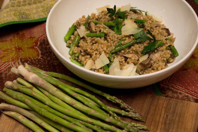 Barley 'Risotto' with Mushrooms and Asparagus (Derek Ruttan/Postmedia News)