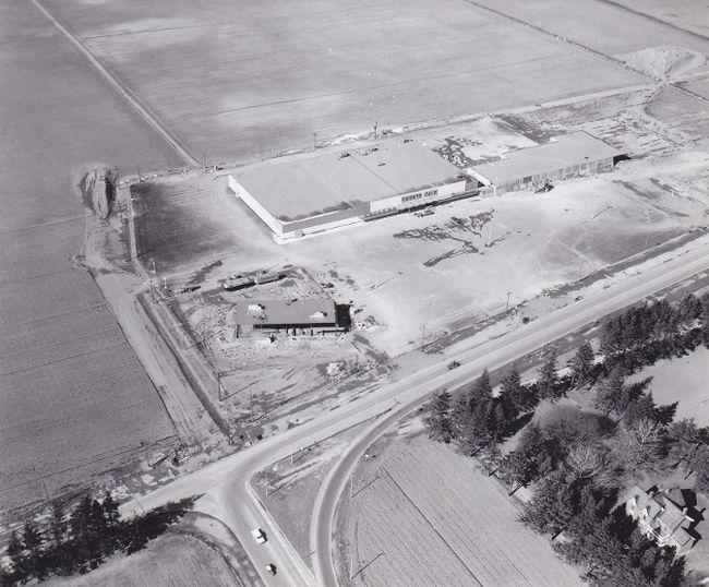 Thames Lea Plaza, circa 1964. John Rhodes photo