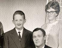 Back row (left to right): Margaret, Willie, Nettie.