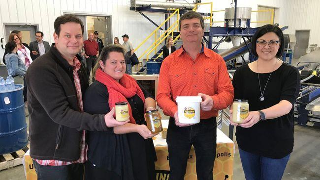 PHOTO SUPPLIED Richard Ozero, Erin Babcock, MLA for Stony Plain, Minister Carlier and Amber Ozero invite farmers, ranchers and Albertans to participate in the sixth annual Open Farm Days.