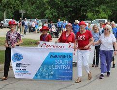 The Carman Memory Walk took place June 14. (GREG VANDERMEULEN/Carman Valley Leader)
